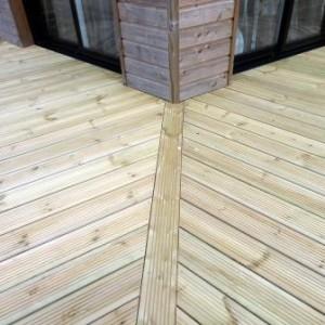 terrasse-pin-traite-300x300